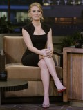 scarlett-johansson-at-the-tonight-show-with-jay-leno-05
