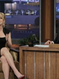 scarlett-johansson-at-the-tonight-show-with-jay-leno-07