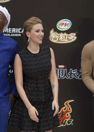Scarlett Johansson: Captain America: The Winter Soldier premiere in Beijing -01