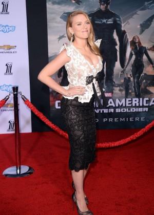 Scarlett Johansson - Captain America: The Winter Soldier Premiere -02