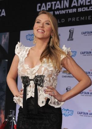 Scarlett Johansson - Captain America: The Winter Soldier Premiere -09