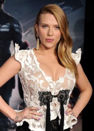 Scarlett Johansson - Captain America: The Winter Soldier Premiere -12
