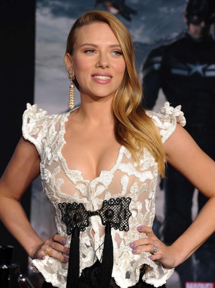 Scarlett Johansson - Captain America: The Winter Soldier Premiere -13