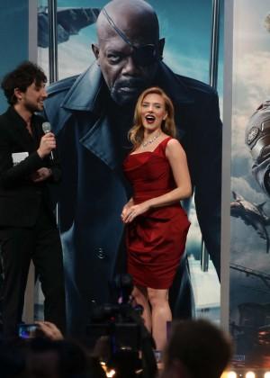 Scarlett Johansson in Red Dress - Premiere Captain America: The Winter Soldier-06