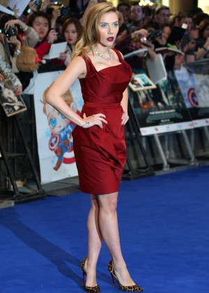 Scarlett Johansson in Red Dress - Premiere Captain America: The Winter Soldier-08