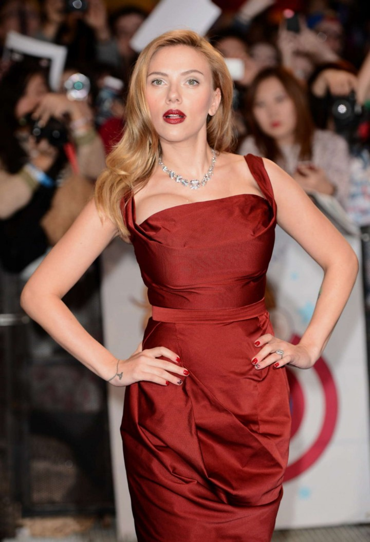 Scarlett Johansson in Red Dress - Premiere Captain America: The Winter Soldier-17