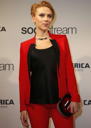 Scarlett Johansson - Captain America: The Winter Soldier Premiere -03