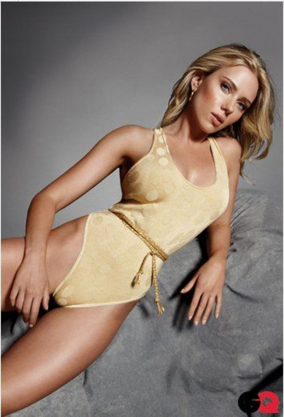 Rocco Sigfredi Scarlett-johansson-gq-magazine-photo-shoot-02
