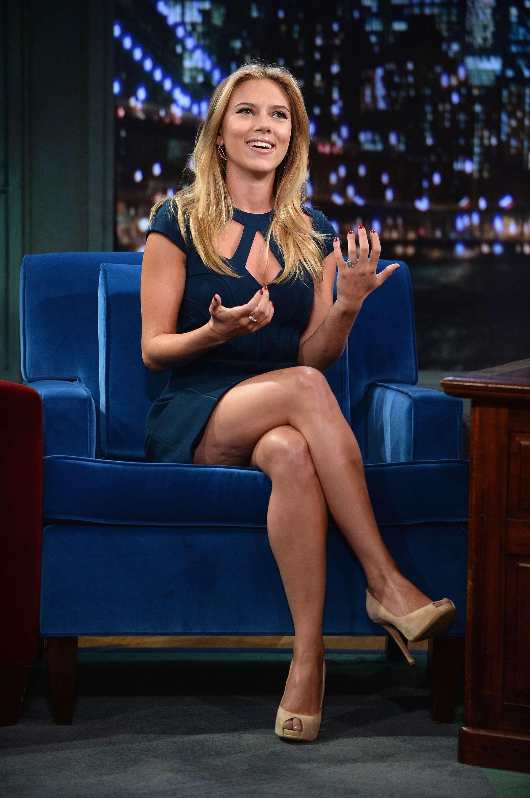 Scarlett Johansson at Jimmy Fallon 2013 -15 | GotCeleb скарлетт йоханссон