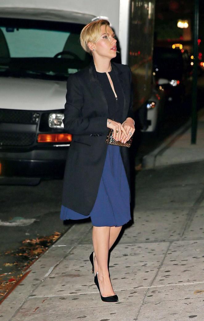 Scarlett Johansson in Blue Dress -03