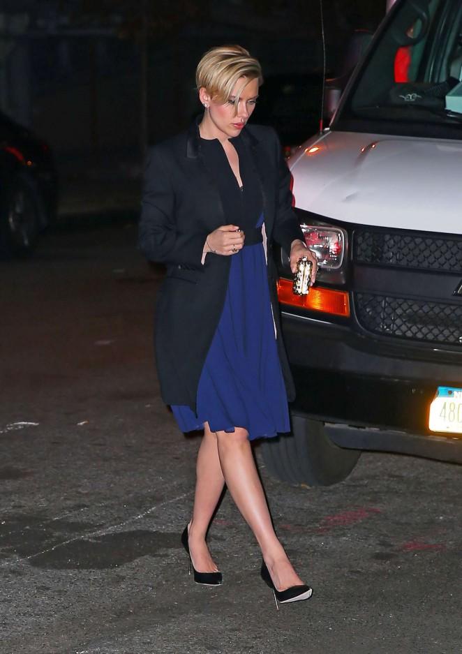 Scarlett Johansson in Blue Dress -05