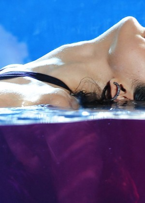 Selena Gomez Wallpapers: 10 Hot -01