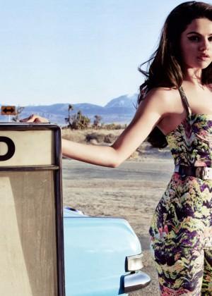Selena Gomez Wallpapers: 12 HD -07