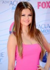 Selena Gomez - 2012 Teen Choice Awards-16