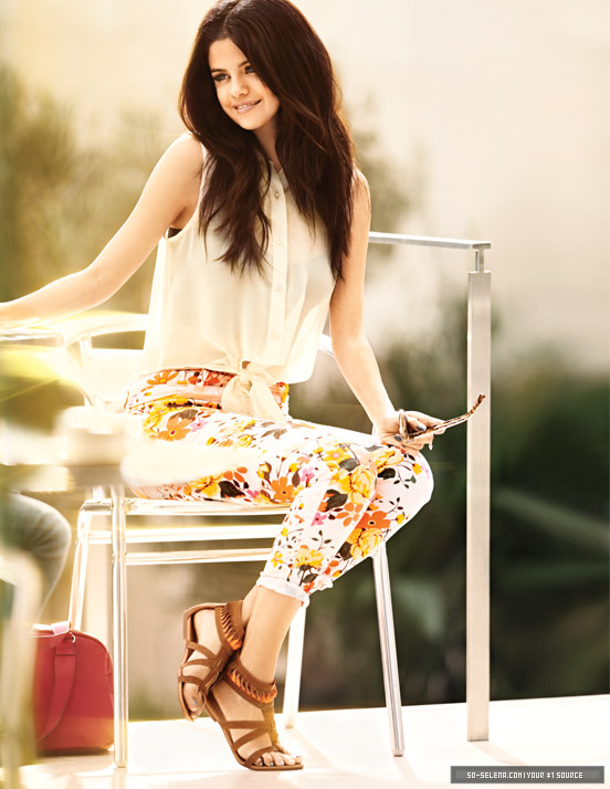 Selena Gomez – 2013 Dream Out Loud Spring Collection -09