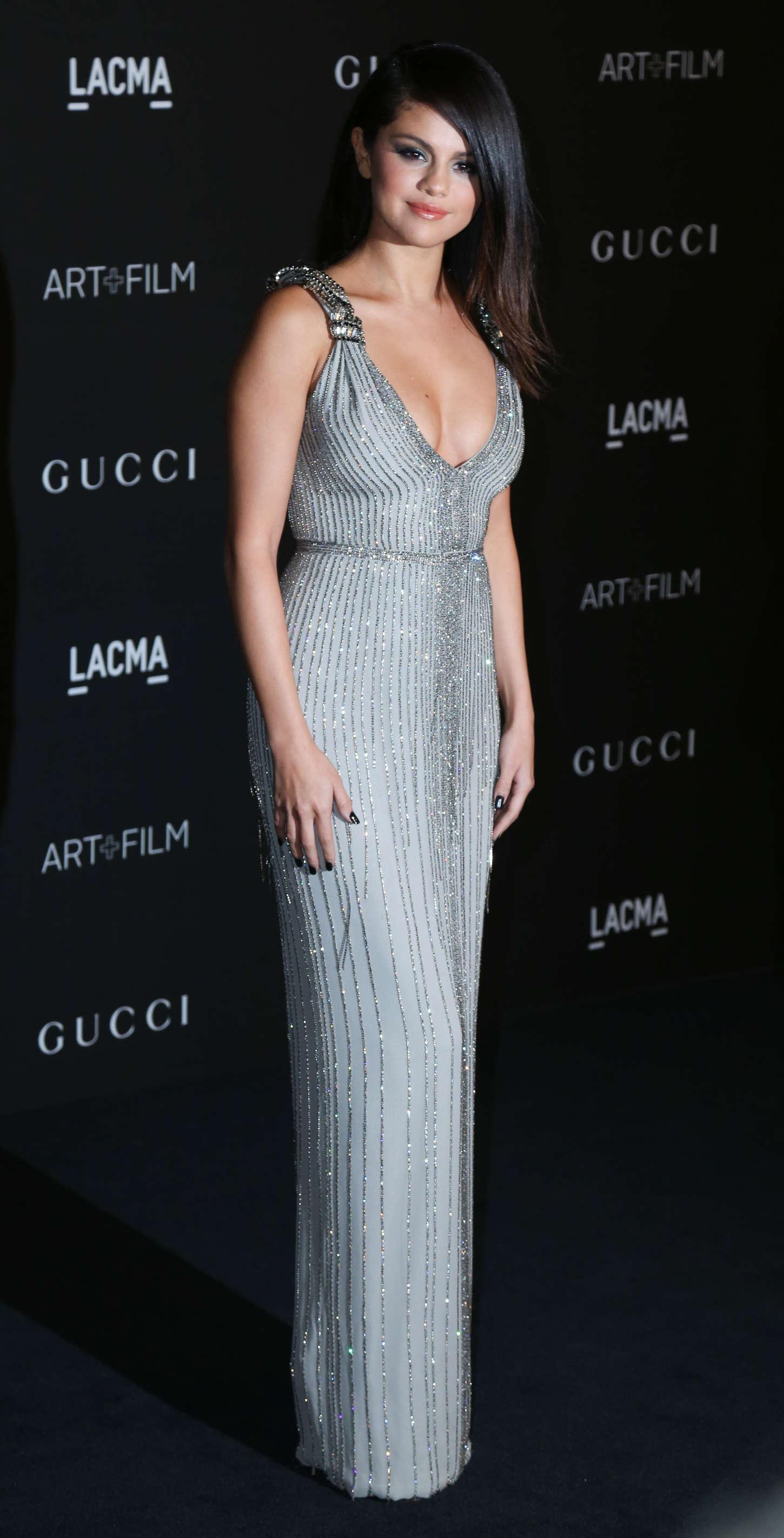 Back to FULL gallery Selena Gomez – 2014 LACMA Art + Film Gala in LA Rihanna