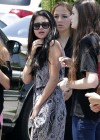 Selena Gomez and Justin Bieber - Paparazzi accident-04