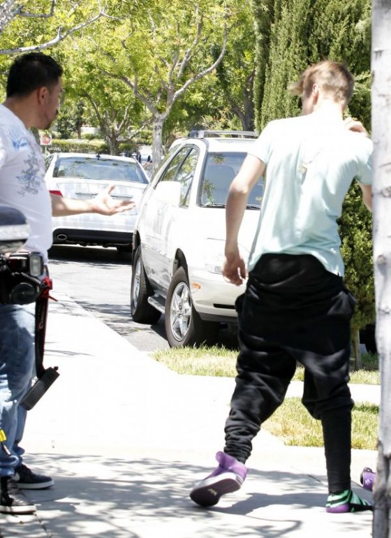 Selena Gomez and Justin Bieber – Paparazzi accident-22