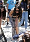 Selena Gomez and Justin Bieber - Paparazzi accident-26