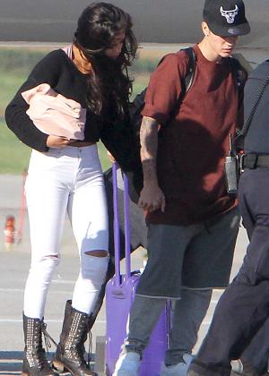 Selena Gomez - Arriving in Toronto