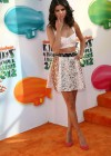 Selena Gomez at 2012 Annual Nickelodeon Kids Choice Awards-02