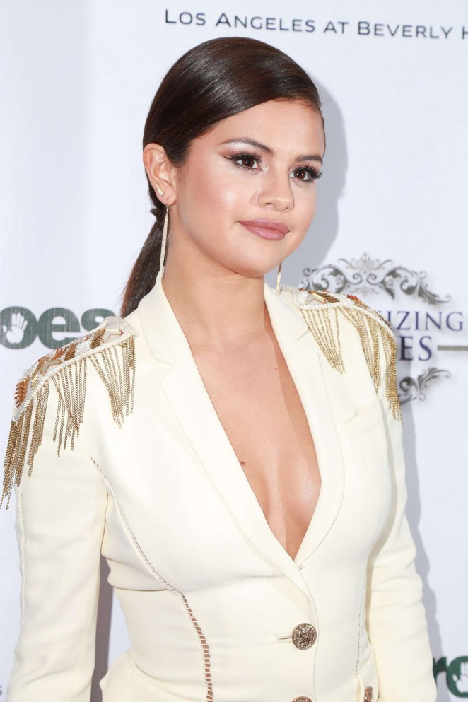 Selena Gomez at 3rd Annual Unlikely Heroes Awards Dinner and Gala in Los Angeles