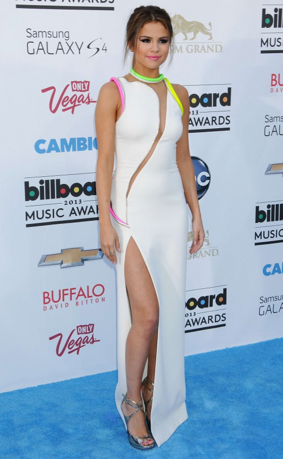 Selena Gomez in Versace Couture dress at the 2013 Billboard Music Awards -19