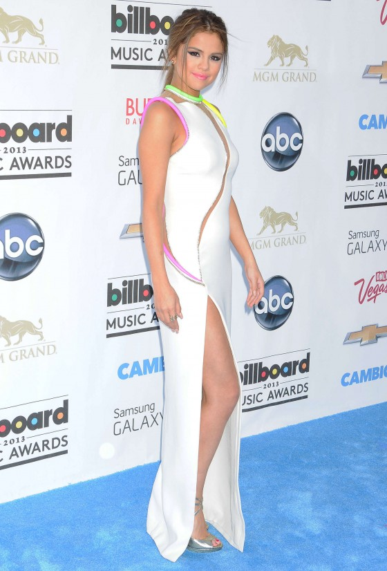 Selena Gomez in Versace Couture dress at the 2013 Billboard Music Awards -29
