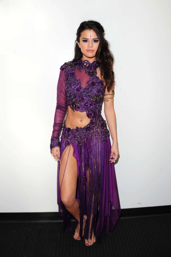 Selena Gomez – Backstage at DWTS -02