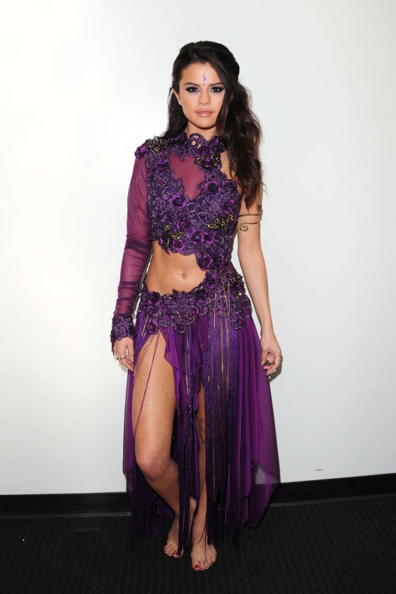Selena Gomez – Backstage at DWTS -03