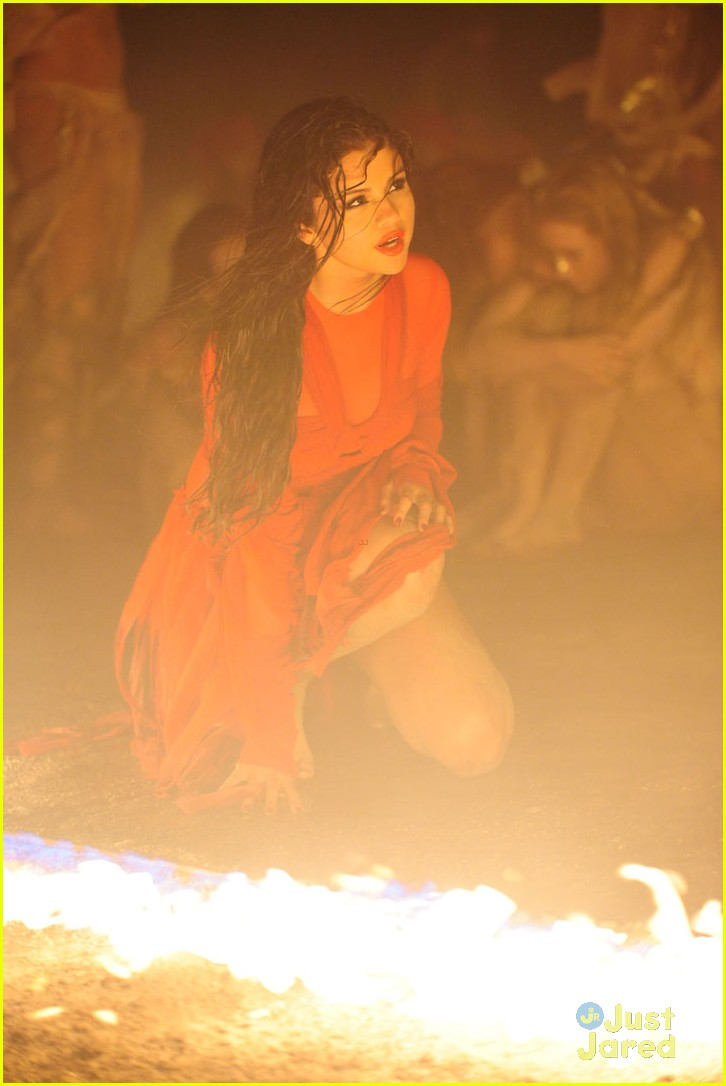 Come And Get It Pics -07