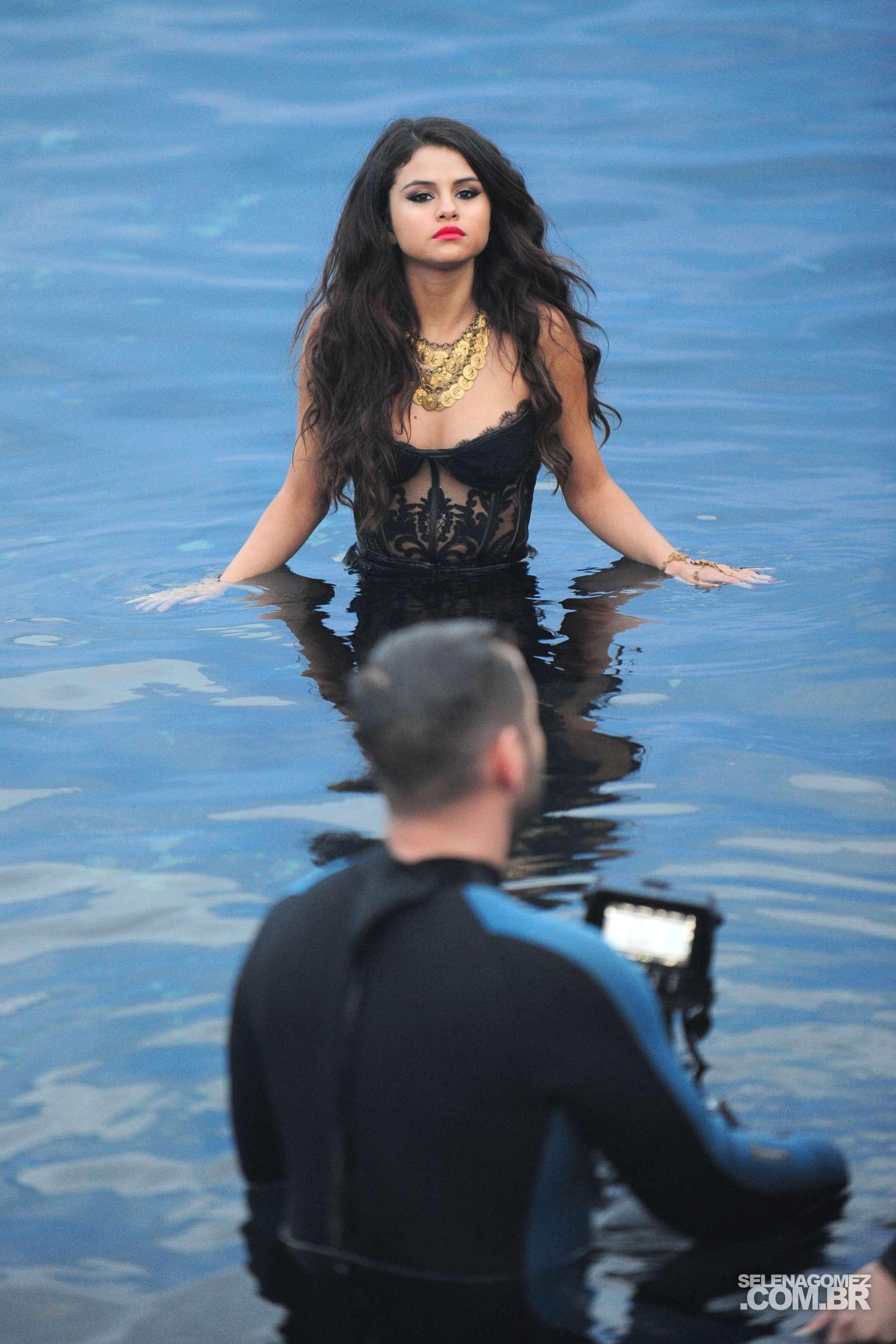 Selena Gomez 2013 : Selena Gomez – Come and Get It PhotoShot and backstage -11