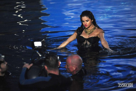 Selena Gomez 2013 : Selena Gomez – Come and Get It PhotoShot and backstage -14