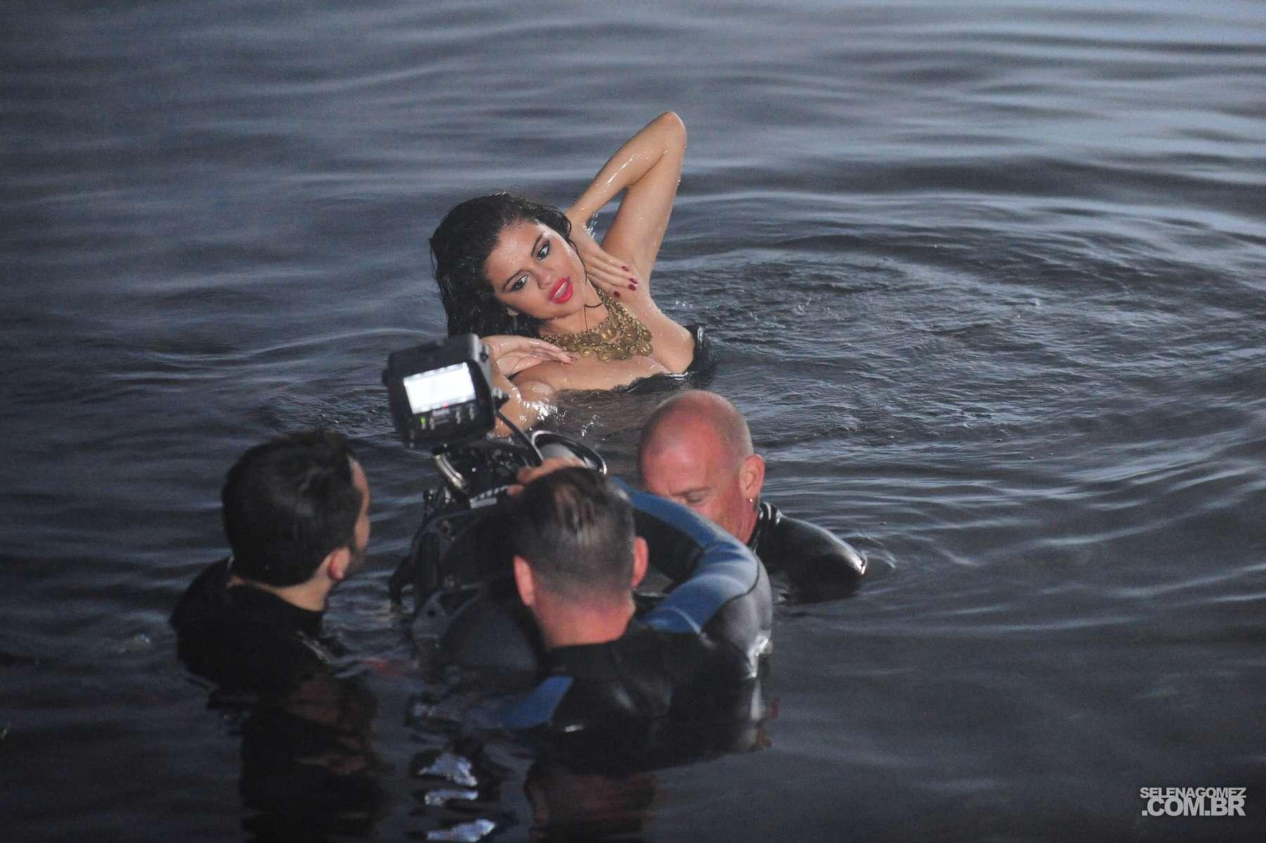Selena Gomez 2013 : Selena Gomez – Come and Get It PhotoShot and backstage -18