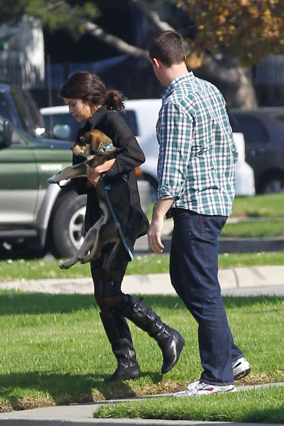 Selena Gomez – Cute Candids With Her New Dog – Oct 31, 2011