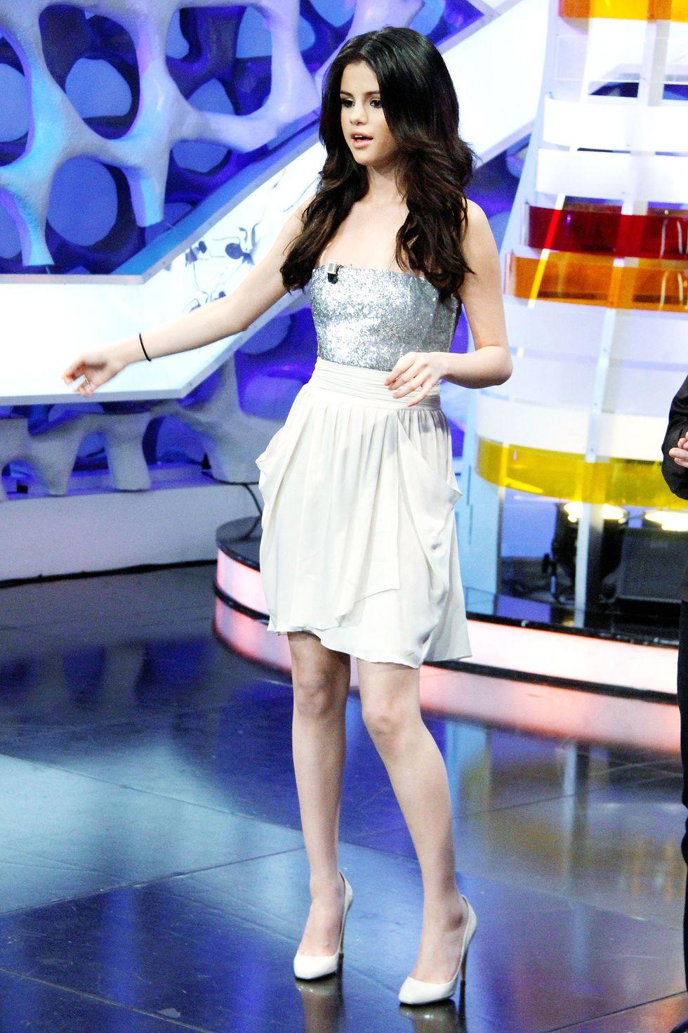 Selena Gomez 2010 : selena-gomez-el-hormiguero-tv-show-stills-hq-02