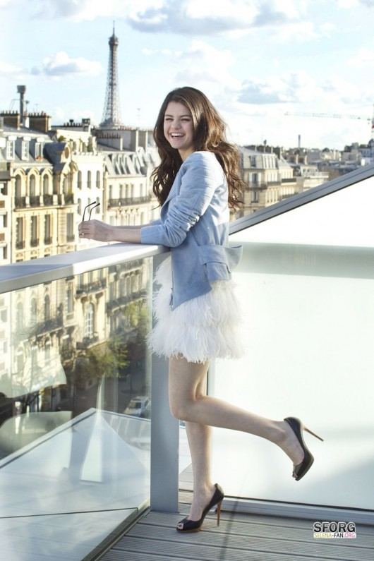 Selena Gomez – Gala Magazine Photoshoot (March 2011)