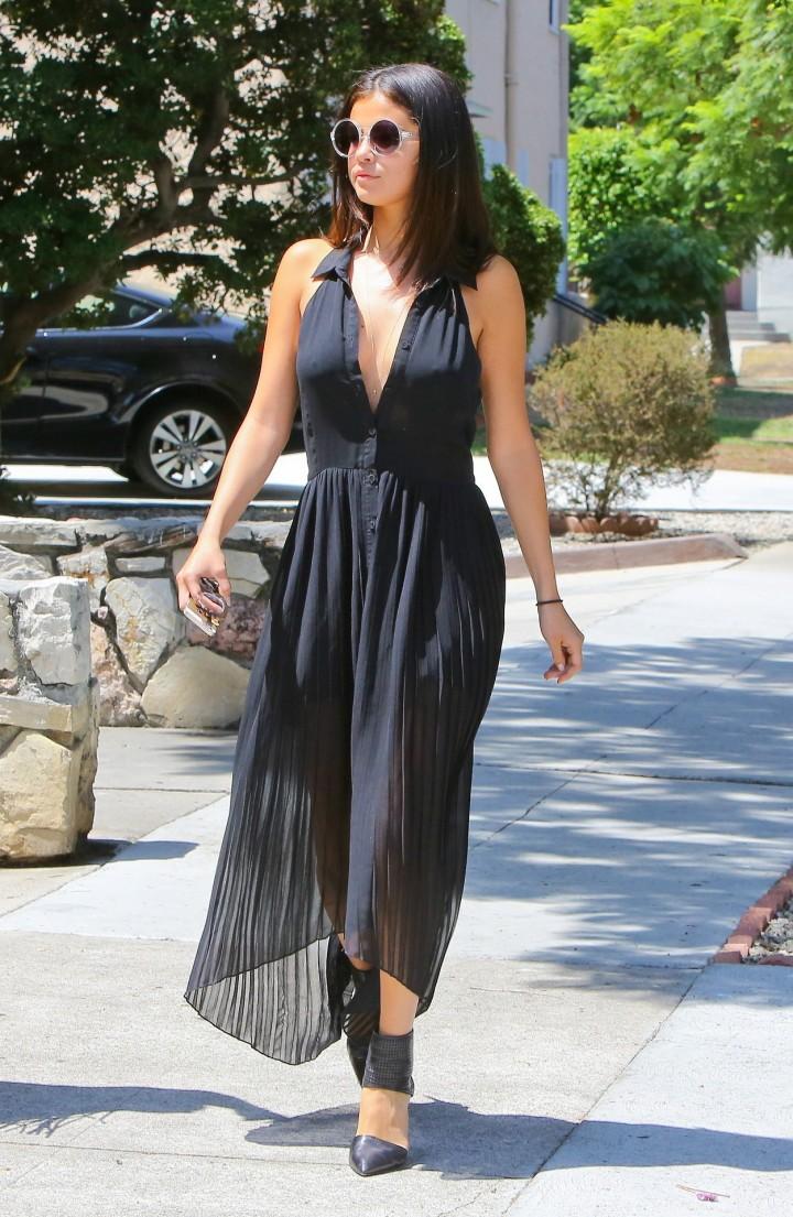 Selena Gomez In Black Dress Heading to lunch in Los Angeles
