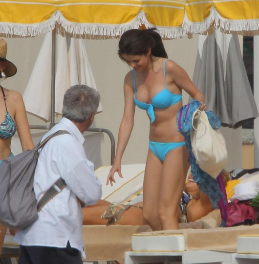 selena-gomez-in-a-bikini-on-the-set-of-monte-carlo-in ...