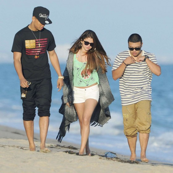 Selena Gomez – In Deim Shorts-14