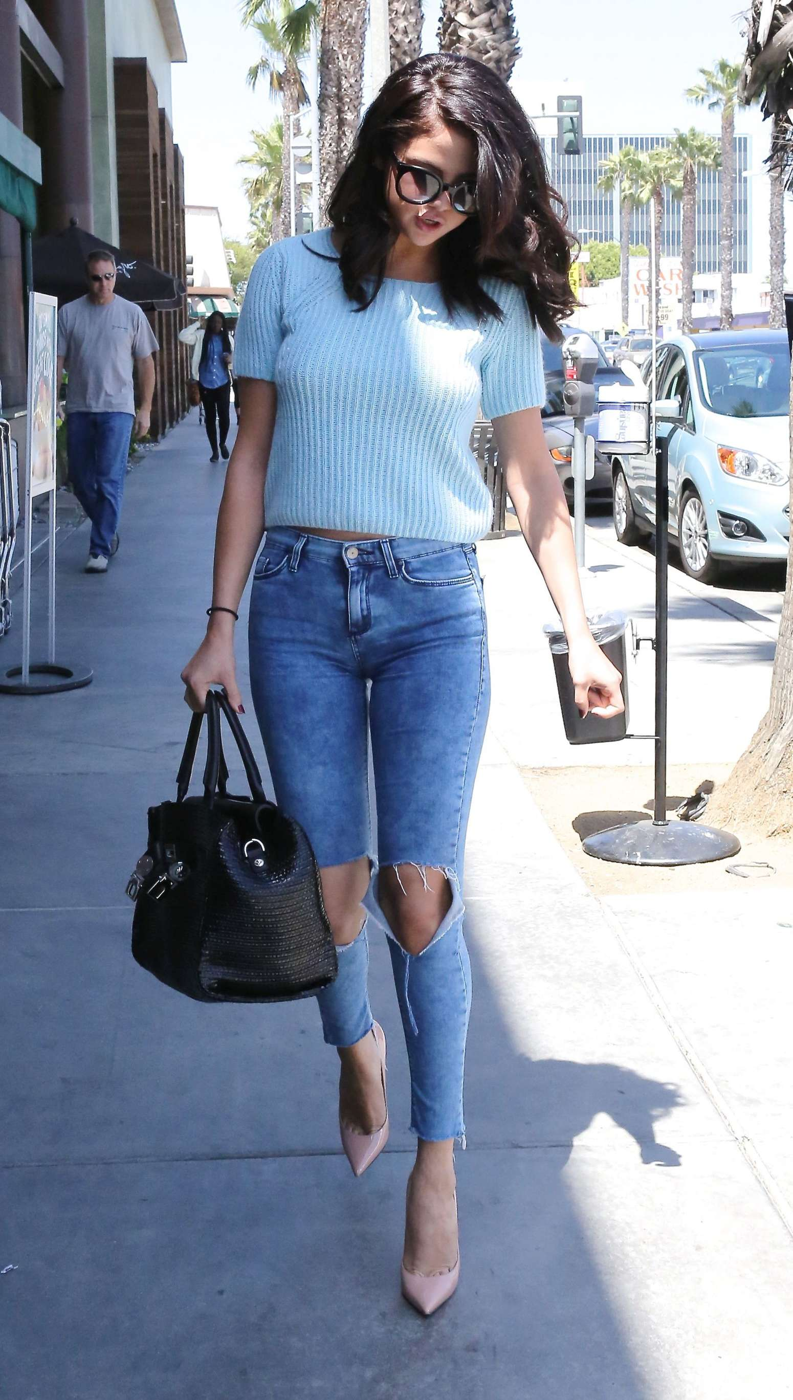 selena gomez in jeans 18 gotceleb
