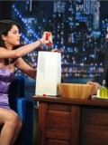 selena-gomez-late-night-with-jimmy-fallon-23