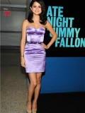 selena-gomez-late-night-with-jimmy-fallon-34