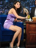selena-gomez-late-night-with-jimmy-fallon-37