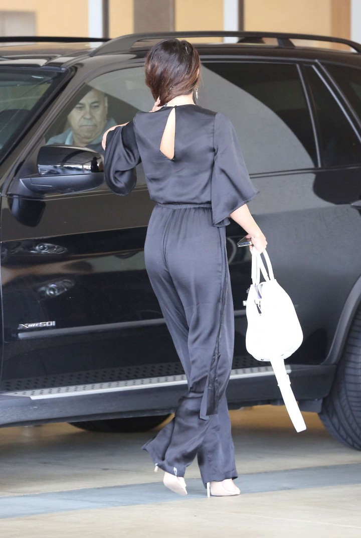 Selena Gomez out in LA -03