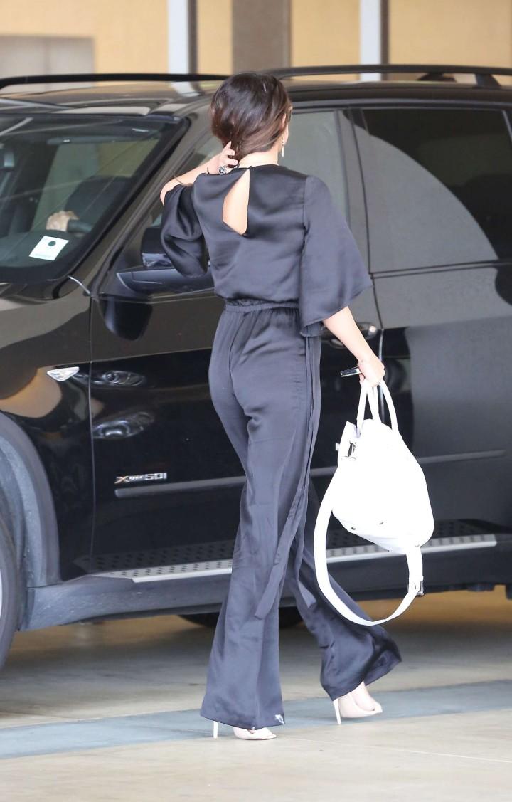 Selena Gomez out in LA -09