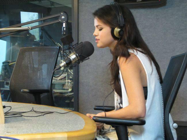 Selena Gomez On Kiss 108 Matty In The Morning 10 Gotceleb