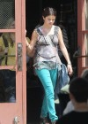 selena-gomez-on-the-set-of-parental-guidance-in-la-03