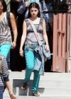 selena-gomez-on-the-set-of-parental-guidance-in-la-06