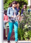 selena-gomez-on-the-set-of-parental-guidance-in-la-08